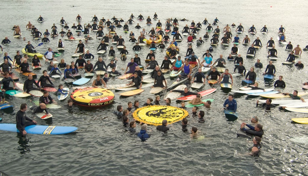 Hundreds of watermen and waterwoman paid tribute to Body Glove co-founder Bill Meistrell. Photo by Patrick Fallon