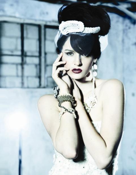 White Wedding : Julia Jones of Encore Bridal, Manhattan Beach