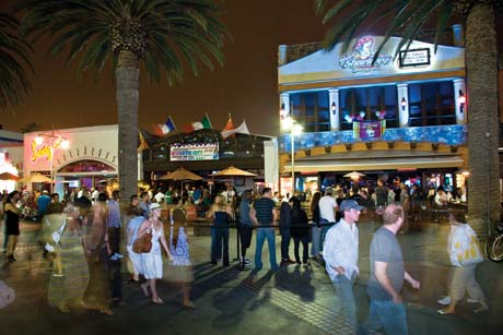 Hermosa Beach Moves To Limit Nightlife