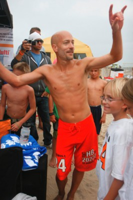 Co-Race Director Christian Burke returns to Hermosa 24 competition in an effort to regain his title. Easy Reader file photo
