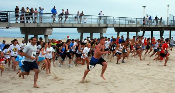 Manhattan Beach runners battle for Dick Fitzgerald title
