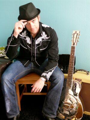 Jett Pink plays Studio every Tuesday. Photo by Sherry Globman