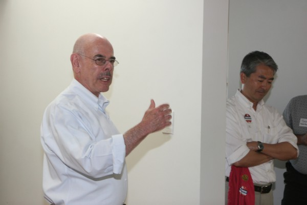 Congressman Henry Waxman at a campaign event in Hermosa Beach last week. Photo by Kevin Cody