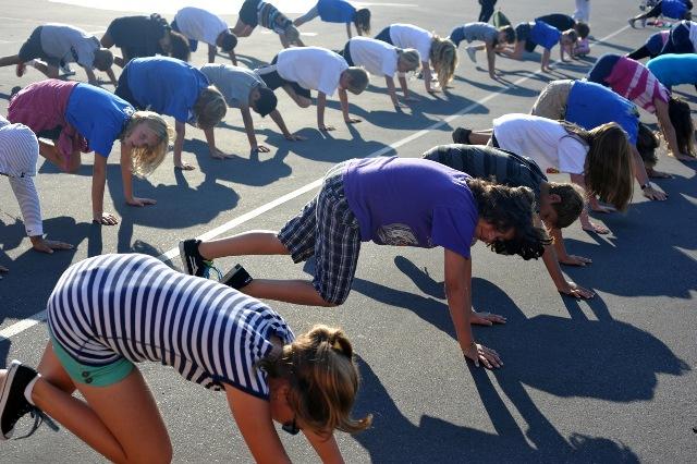 School children in Redondo Beach exercise before classes start. Photo by Chelsea Sektnan