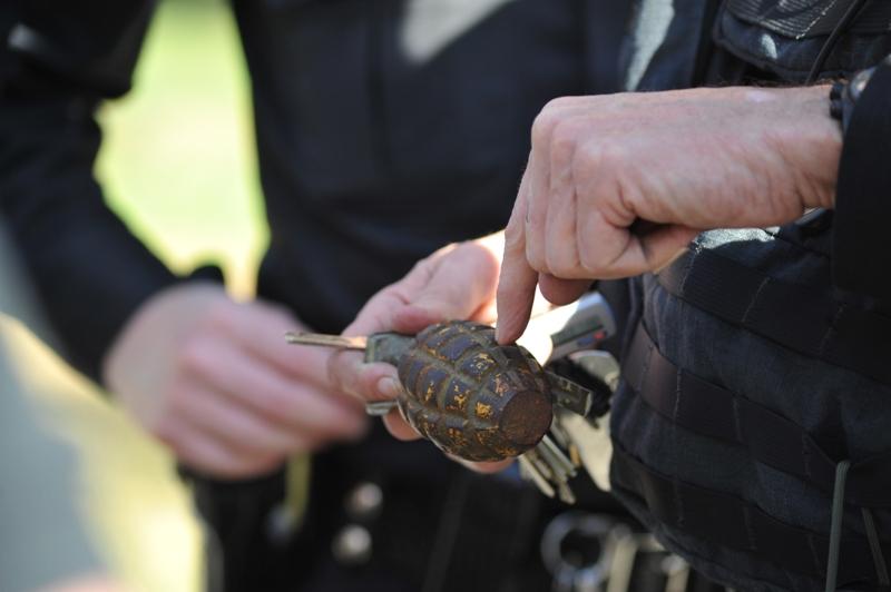 WWII grenade stops traffic in Hermosa Beach