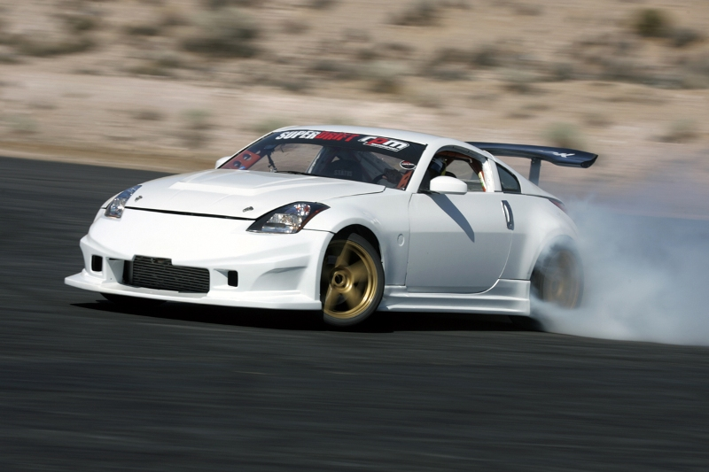 Carl Rydquist is rebuilding his Nissan 350Z Turbo, a 500 horsepower machine with a 3.5 liter V6 engine and a Garrett GTX Turbocharger, in time for the Toyota Grand Prix of Long Beach. Photo by David Karey
