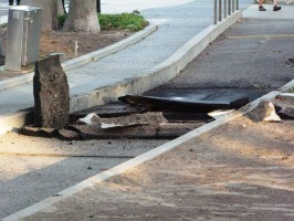The explosion blew through the bike path on Catalina Ave. Thursday night, and cut power for 4,799 Southern California Edison customers. Photo by Lee Craft