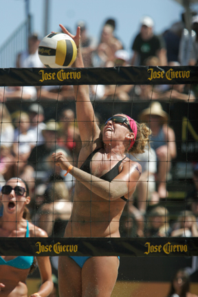 Whitney Pavlik will serve as Kerri Walsh Jennings' partner at the World Series of Beach Volleyball in Long Beach. Photo by Ray Vidal