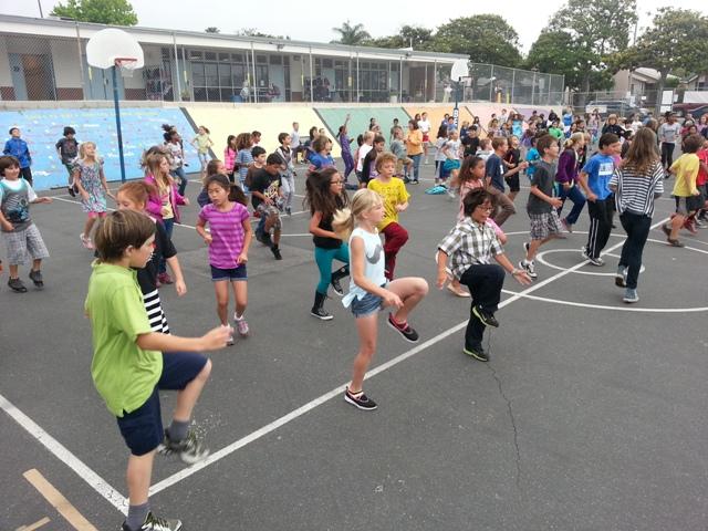 Birney Elementary kids get active before school. Photo by Lauren Nakano