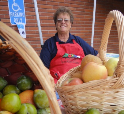 Hermosa Beach Farmers' Market maven Mary Lou Weiss dies at 75