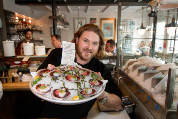 Chef David Lefevre has returned to his Water Grill roots, opening up the 30 seat fresh seafood restaurant, FWD, just down the block from his popular Manhattan Beach Post.