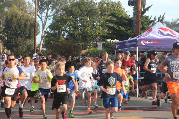 AMS racers start strong during Saturday's 5K race
