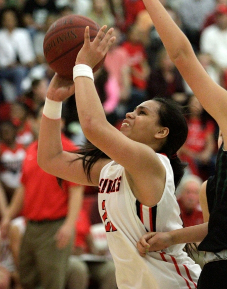 Meghan Peneueta scored seven points and had four steals in Redondo Union's first-round win in the CIF Division 2AA playoffs. Photo by Ray Vidal