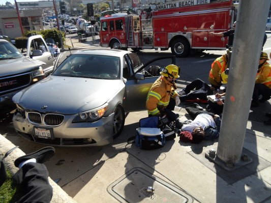 A major car collision Thursday on 8th Street and Sepulveda Boulevard in Manhattan Beach injured several people. Photo