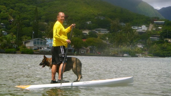 Sparky and Akira in front of his  house in Kahaluu on Oahu --the windward  side.