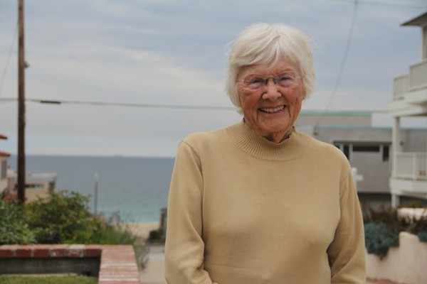 Lifelong Manhattan Beach resident Evelyn Frey, 98, has been lobbying for an ADA-accessible, senior-friendly concrete beach walkway, proposed nearly seven years ago. She will finally get her wish before Memorial Day. Photo by Alene Tchekmedyian