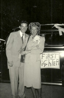 Arliene and Chuck Hillinger on their wedding day in 1948.