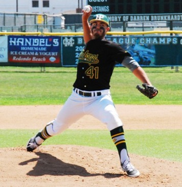 Former El Camino College All-Conference pitcher Sean Isaac hurled three shutout innings to pick up the win as the Alumni won for the second straight year. Photo by Randy Angel