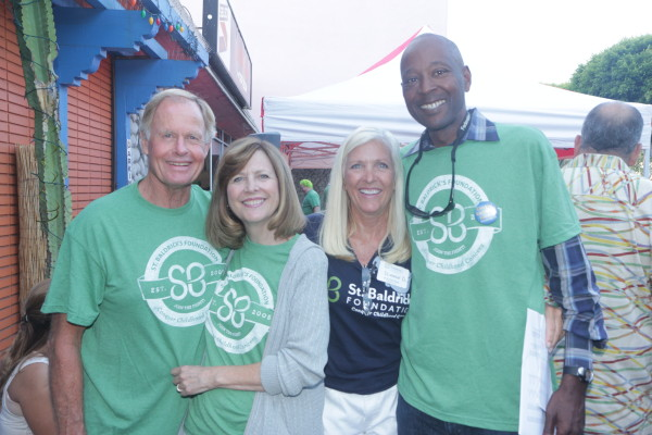 Hosts Danny and ML Williams, owners of Mexican Riviera Grill with chairperson Diane Douglas and husband Victor Anderson.