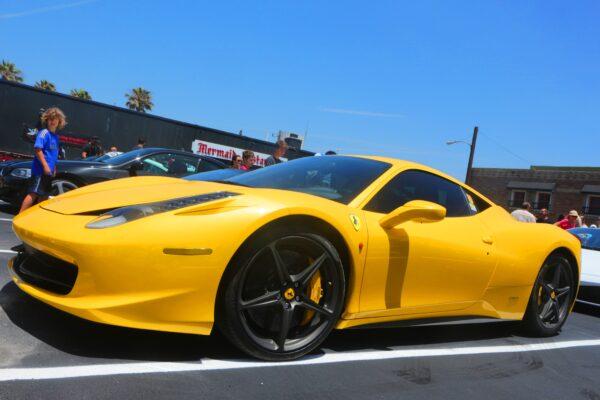 A head-turning Ferrari.