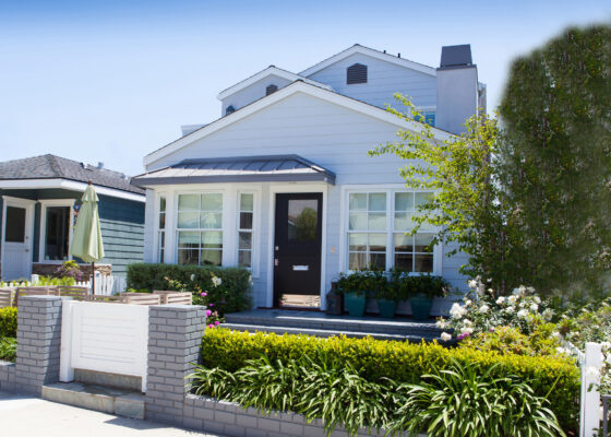 This walk-street remodel harkens back to a traditional Manhattan Beach cottage.