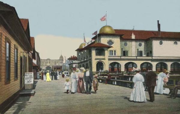 A postcard from the Redondo Beach waterfront, circa 1910.