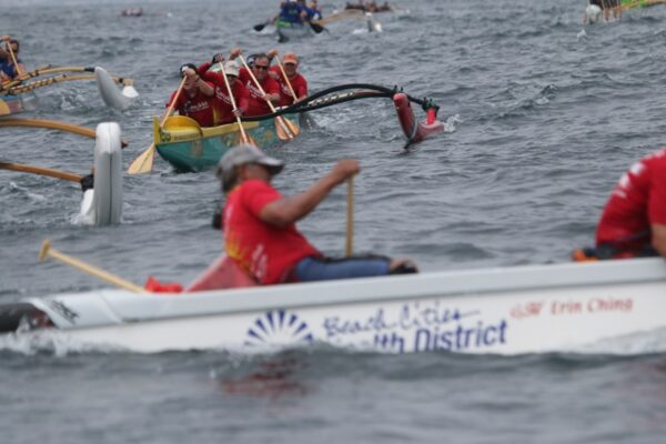 Lanakila's number 2 Golden Masters boat try to reel in Ching's boat in at the San Diego Iron Championships.