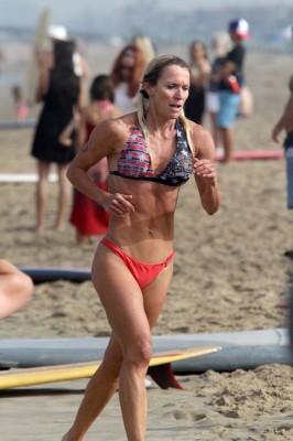 Annie Seawright nailing the run. Photo by Ray Vidal