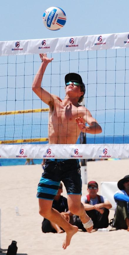 Blake Markland, of Manhattan Beach, captured the Boys U19 title with partner Davis Gilette. Photo by Randy Angel