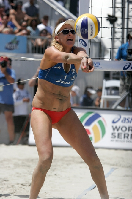 Kerri Walsh Jennings makes a pass during the 2013 World Series of Beach Volleyball. Photo by Ray Vidal