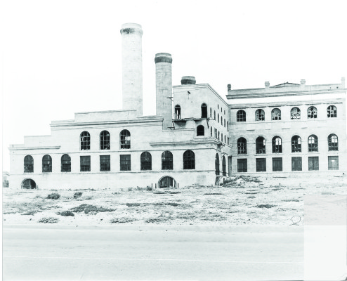 The original Redondo Beach steam station was abandoned in 1933. Photo Courtesy of AES Southland