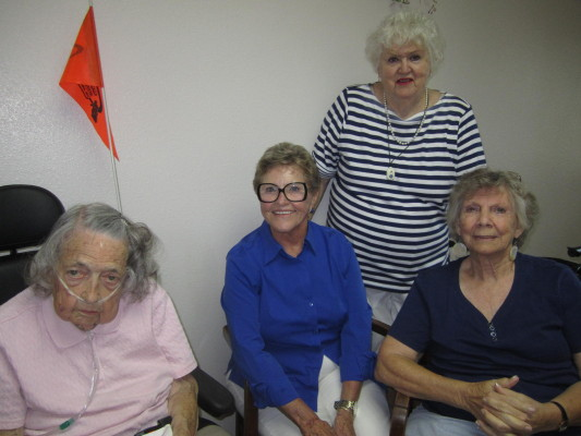 Stalwarts of Casa management include Vivian Dickerson, far left, and Ellen Jordan, standing. Photo by Kelley Kim.