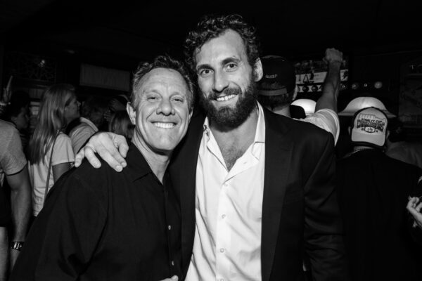 North End Bar and Grill owner John Courts and Jarret Stoll.