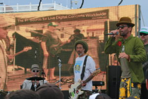 Last week, Too Rude performed at the Hermosa Beach pier. Jimmy Buffet hits the stage tomorrow. Photo by Kevin Cody.