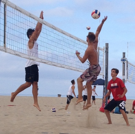 Redondo's Logan Glave goes for the kill as the Sea Hawks open their IBVL season. Photo by Tracy Gehman