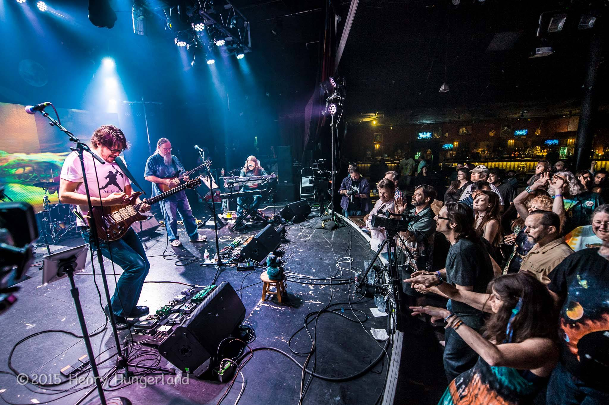Day of the Dead: Cubensis opens up for final Grateful Dead show streamed in Hermosa Beach