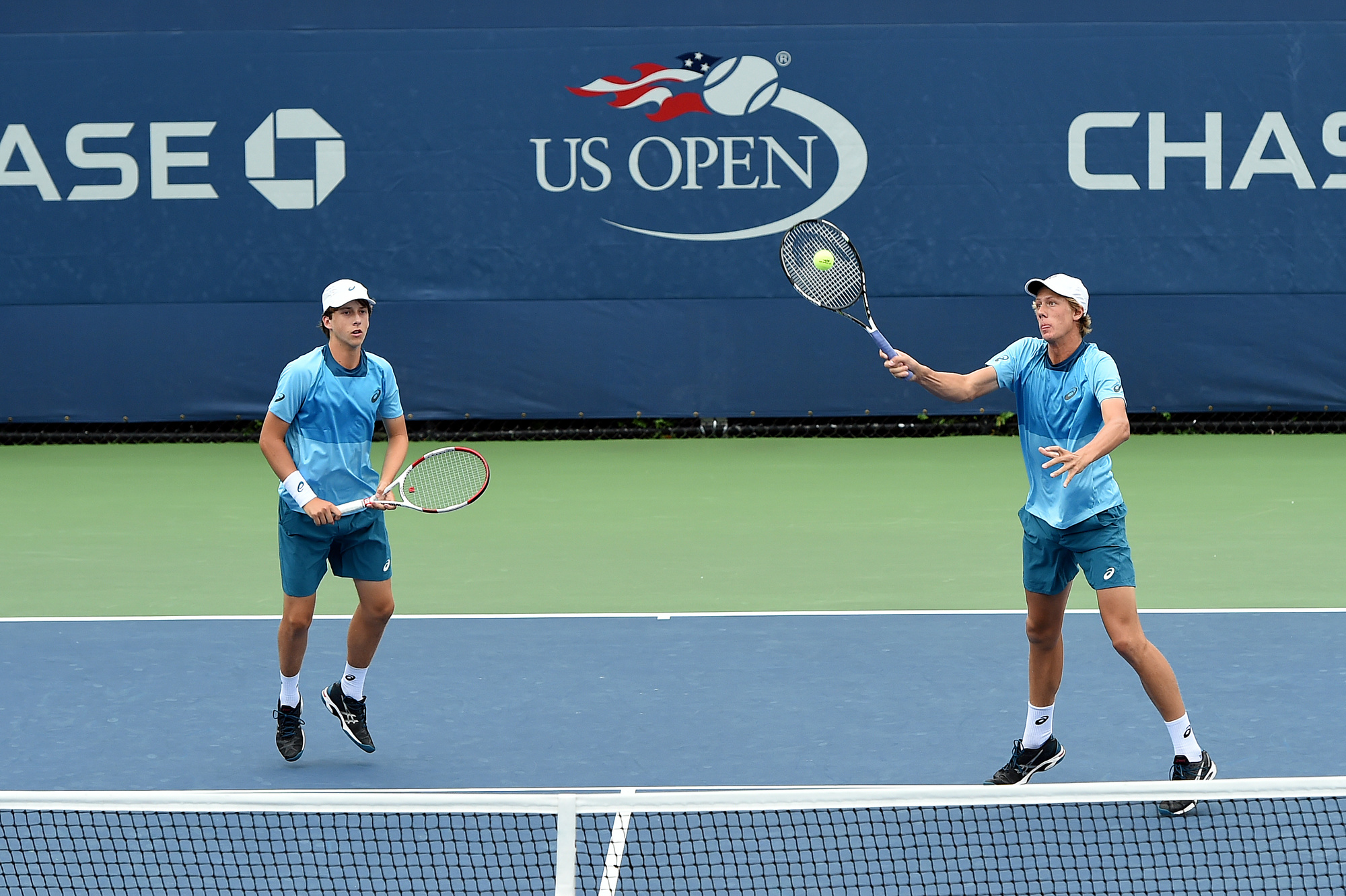 Holt, Smith advance to US Junior Open finals