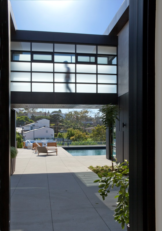 Cozen-designed Manhattan Beach home picked for Modern Home Tour