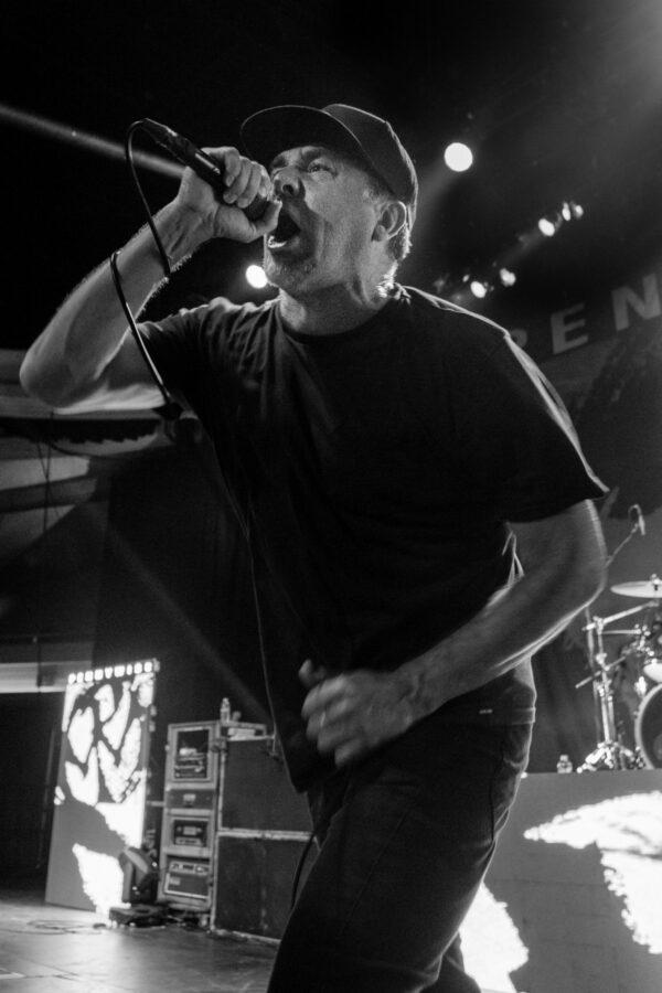 Singer Jim Lindberg. Photo by Brent Broza