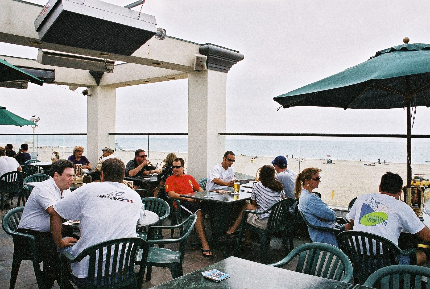 Best of the Beach 2016, Best Outdoor Dining: Hennessy's Tavern