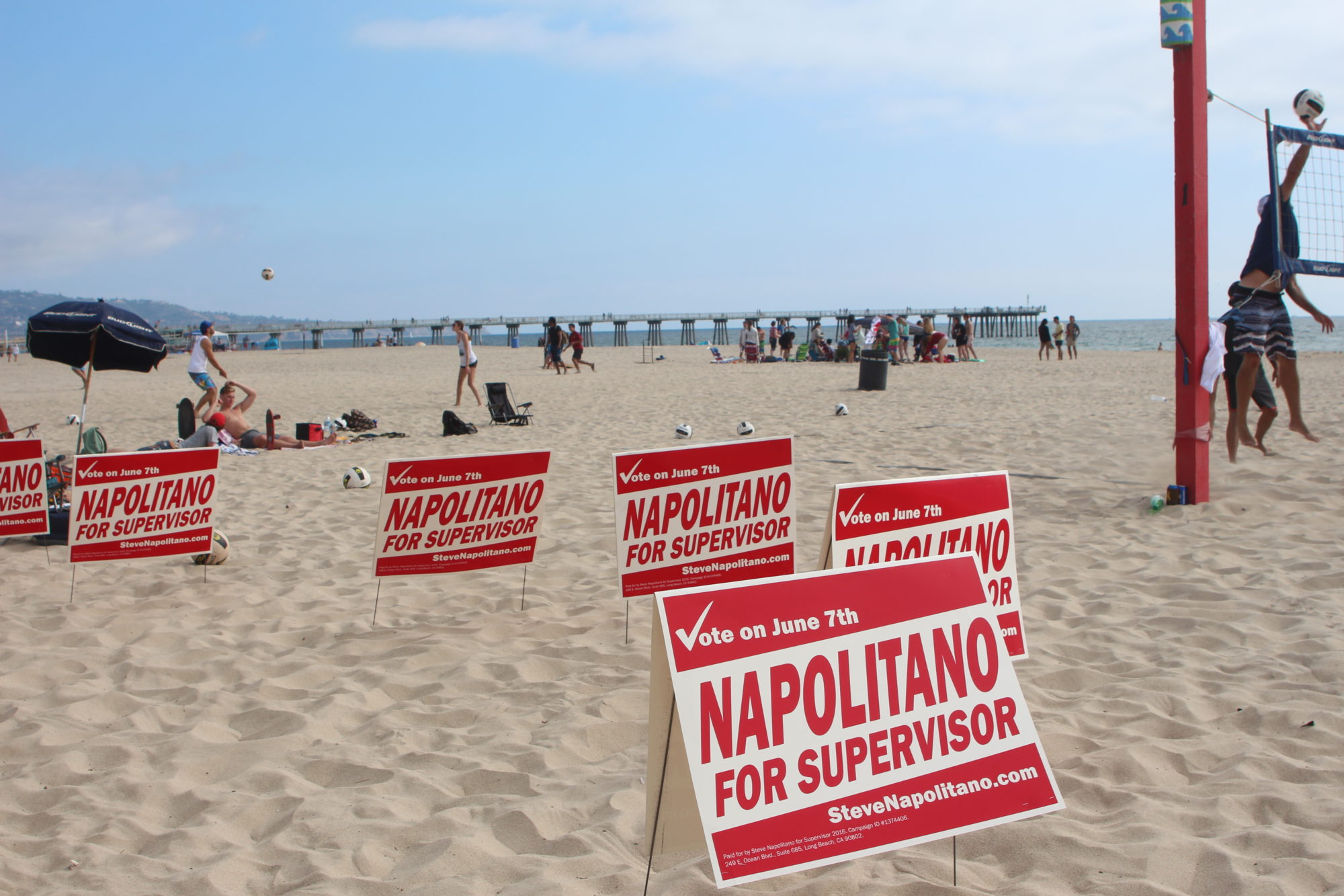 Hahn, Napolitano to face off in General Election