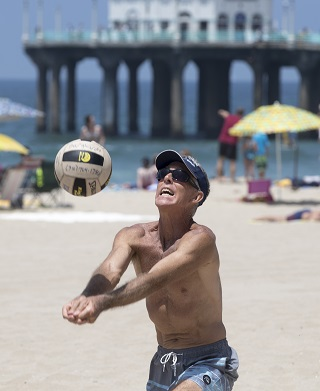 Manhattan Beach native and CBVA Hall of Fame member Kevin Cleary will be playing in his 40th Manhattan Beach Open. Photo by Brad Jacobson