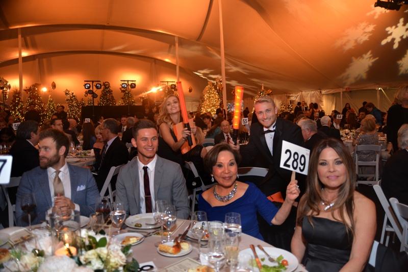 Beach charity – Torrance Memorial Raises $1.5 Million at 33rd Annual Holiday Festival Gala