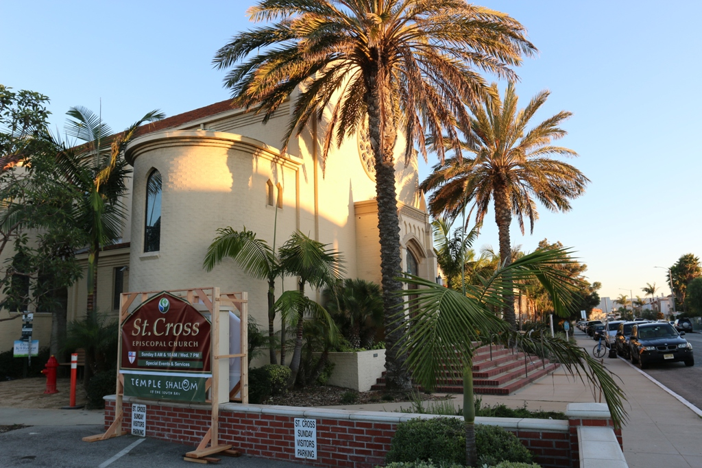 Hermosa Beach police charge St. Cross Episcopal employee with embezzlement