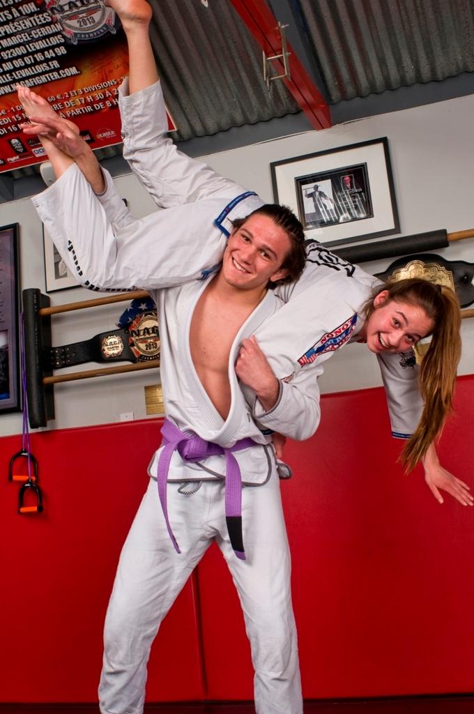 Mira Costa High's LeBosnoyani siblings fight to the top in