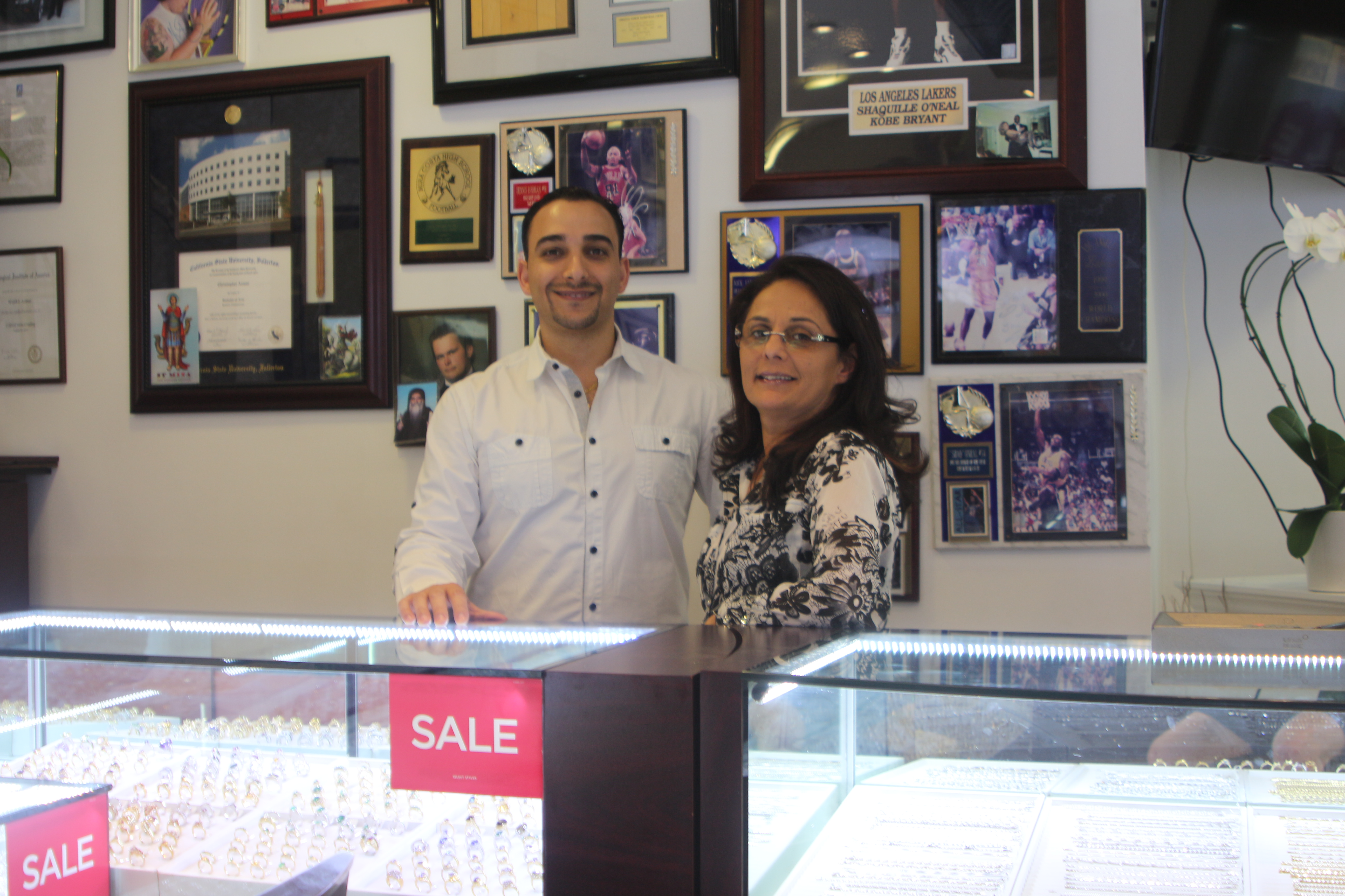 Beloved Manhattan Beach jewelry store facing eviction