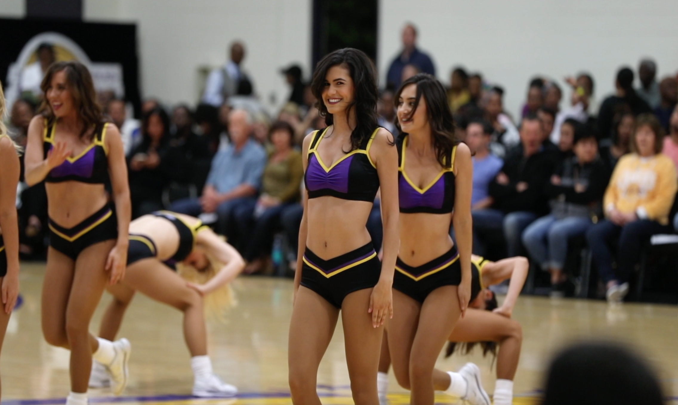 Los Angeles D-Fenders, Great Entertainment in El Segundo. (Video)