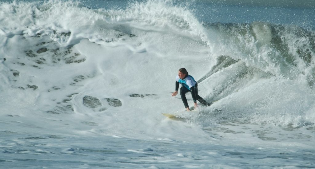 Surprise swell challenges South Bay Boardriders/Jack's Surf contest in Manhattan Beach