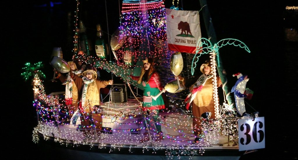 King Harbor/Redondo Beach Boat and Stand-up Paddle Parade celebrates California Christmas