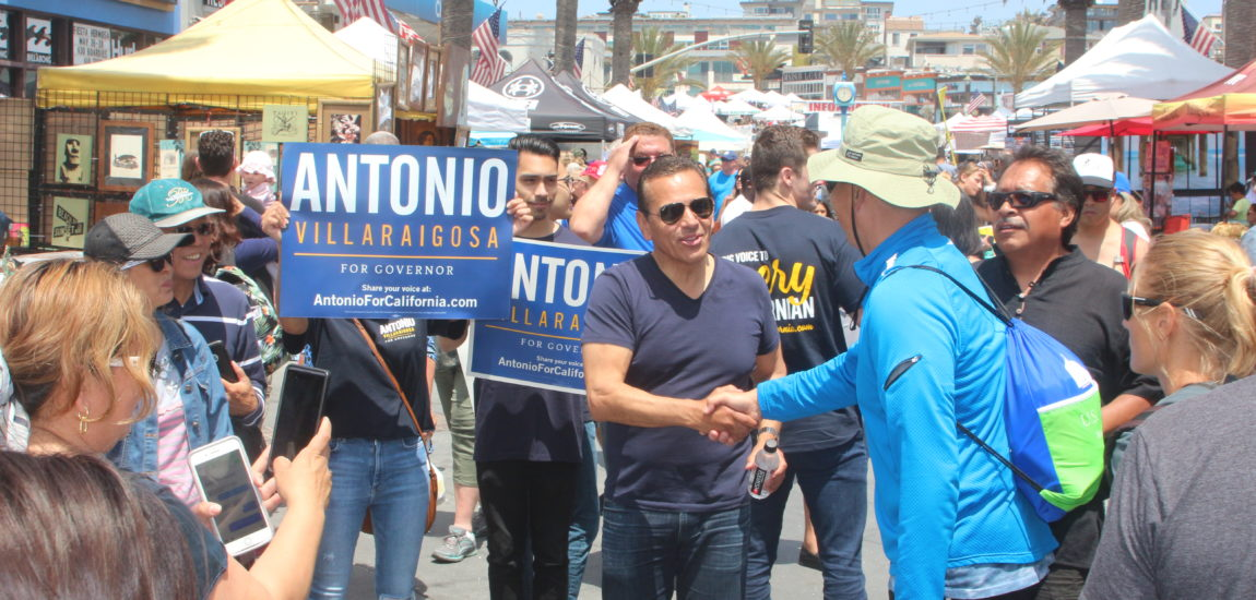 Villaraigosa campaigns at Fiesta Hermosa